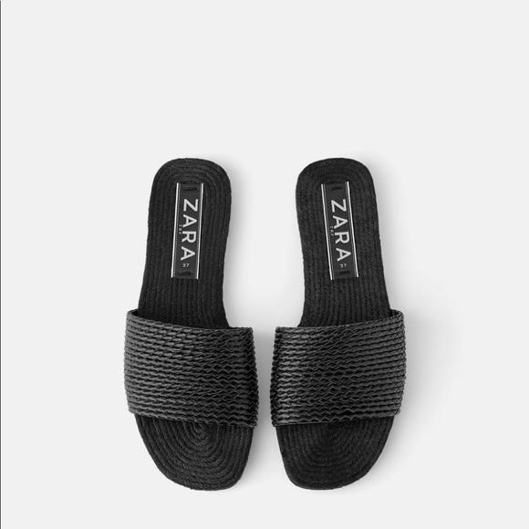 NWT Zara Black Raffia Woven Flat Sandal Slides